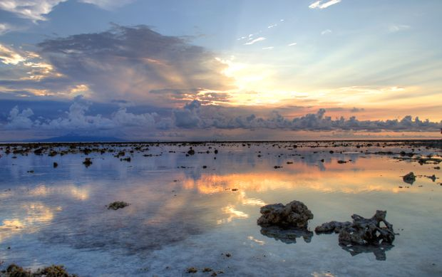 Travel Photo Roulette Sunset on Gili Trawangan in Lombok - On the Luce